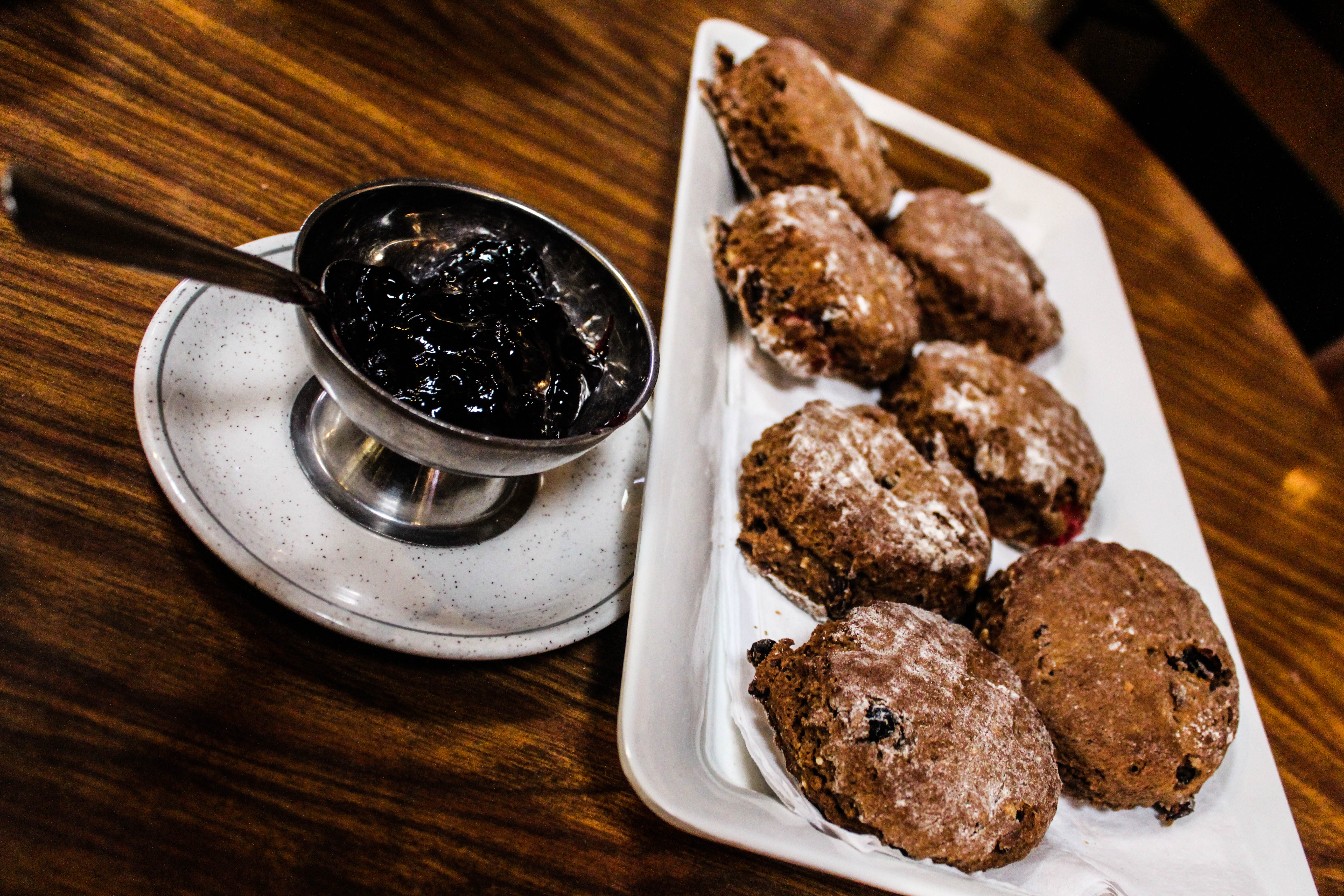 Treacle scones at Killorans